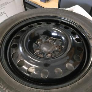 4 pneus hiver avec roues d'acier - 225/55/R17