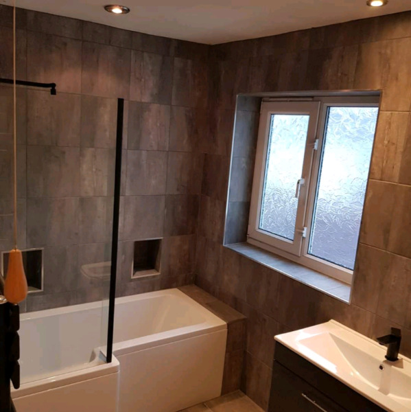 Experienced Tiler Available
