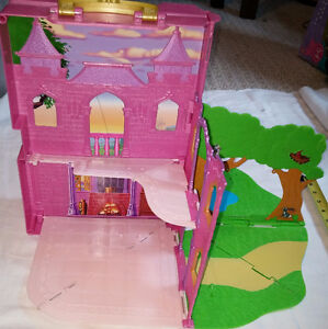 Disney Princess Pink Folding Out / Pop Up Doll House London Ontario image 4