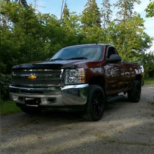 2013 Chevrolet Silverado single cab 8 foot box $22,000 obo