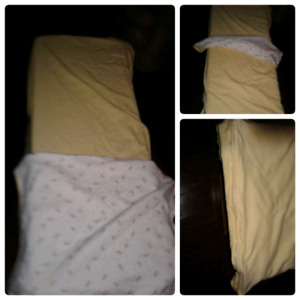 New warm cribsheet  has cover blanket zippered at bottom