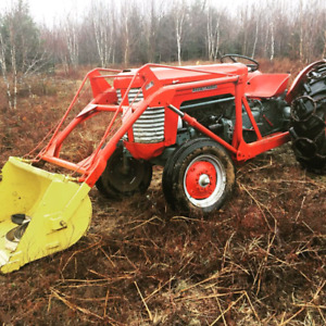 Massey Harris MH50 Tractor Loader.