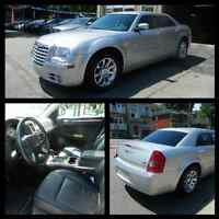 Chrysler 300 Limited 2008 for sale (leather, sunroof, etc)