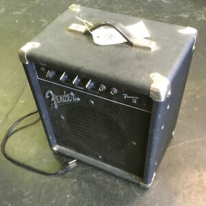 1988 Fender Frontman B15 Bass Amplifier