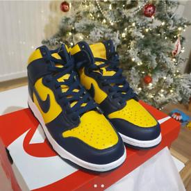 Nike Dunk air 1 High Michigan Size 9.5 UK !!