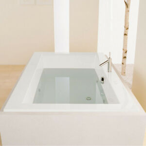 Brand New Bain Ultra Bathtub and Riobel Tub Filler for sale