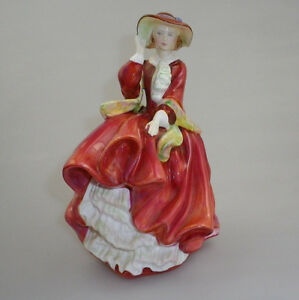 """ROYAL DOULTON FIGURINE """" TOP OF THE HILL"""" HN 1834"""