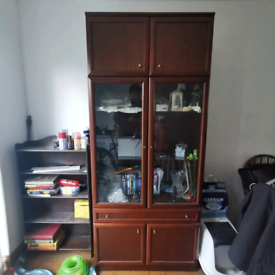 Large wood & glass display cabinet, in Great condition