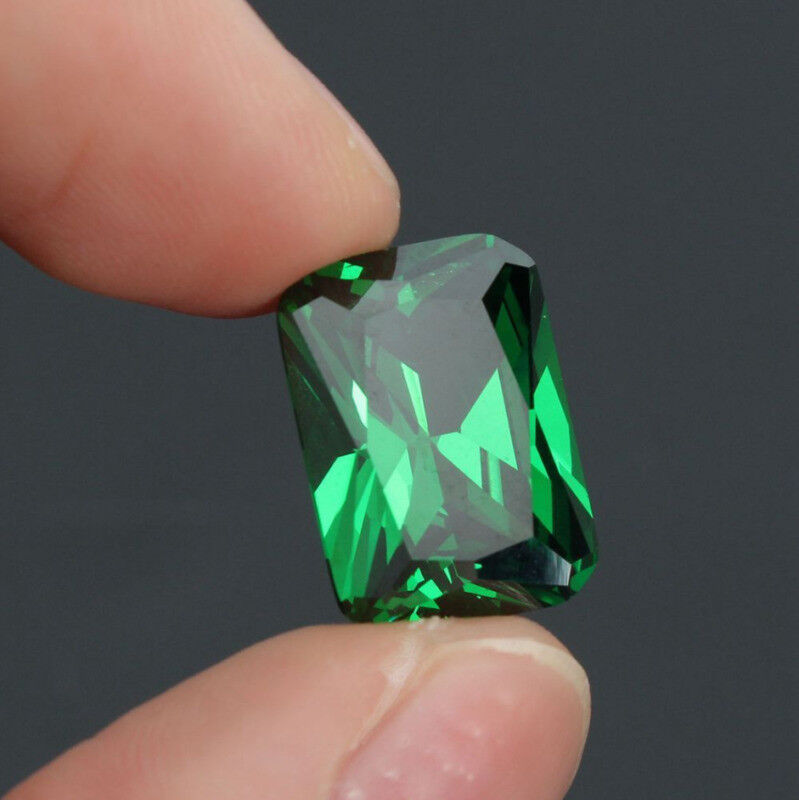 8x10mm Green Emerald Artificial Sapphire Rectangle Shape Loose Gem Decoration