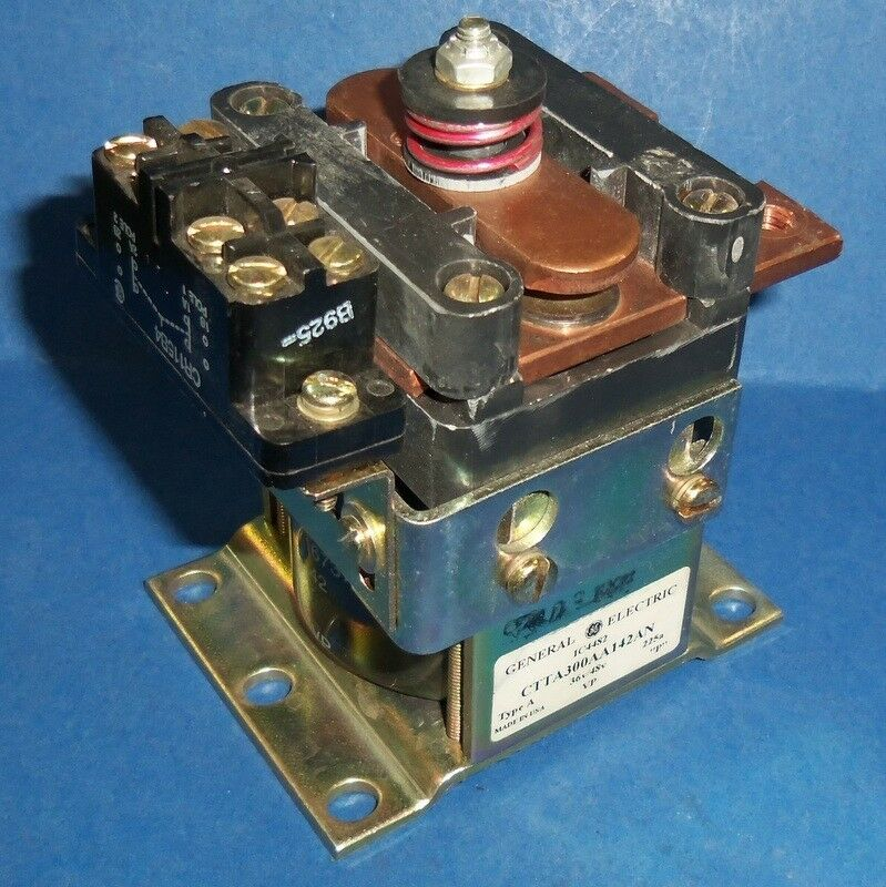 GE GENERAL ELECTRIC 36/48V TYPE A CONTACTOR CTTA300AA142AN *PZF*