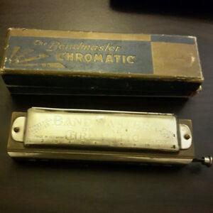 2  harmonica vintage