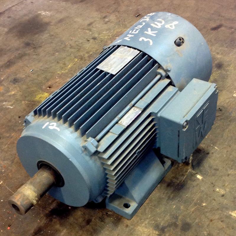 SEW-EURODRIVE 3PH 266/460V 1140RPM 3kW ELECTRIC MOTOR DV132S6BM/HF *PZB*