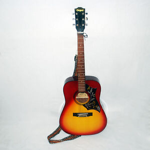 El Degas GB 20 Accoustic  Guitar + Hard Case