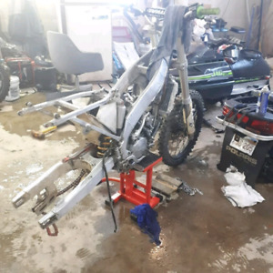 Looking for cr125r parts