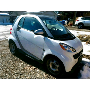 2013 Smart Car  Fortwo  Pure  65000  kms  -  private  listing