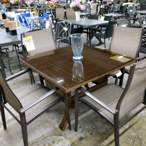 5pc outdoor dining set $395
