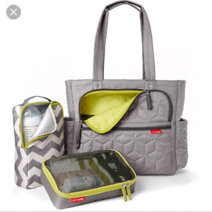Forma pack and go tote diaper bag