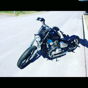 Shadow 750 1983 bobber