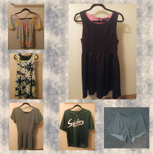 Clothing! (Size L/14)