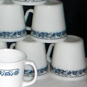 Pyrex and Corning Coffee mugs in OLD TOWN BLUE design Windsor Region Ontario image 3