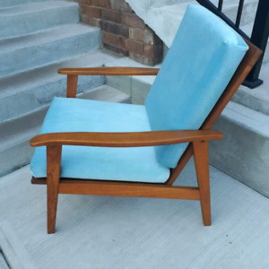 Mid Century Gents Lounge chair