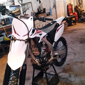 2013 yz250f like new