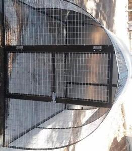 Dog Cat enclosure all steel igloo shape Baldivis Rockingham Area Preview