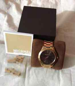 AUTHENTIC MICHAEL KORS WATCH MK3181