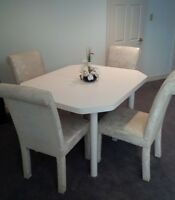 White Extendable Wood Table and 4 Matching Chairs