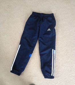 Youth boys Adidas pants in excellent shape