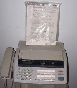 Machine FAX pour envoyer des Copies de Documents par Ligne Télép