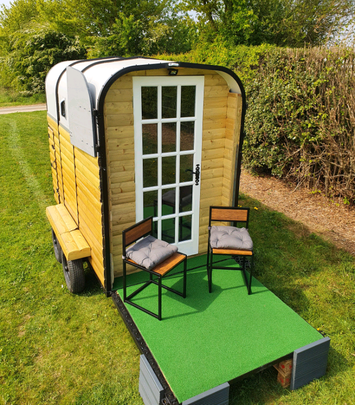 Horsebox Trailer Office / Camping Pod