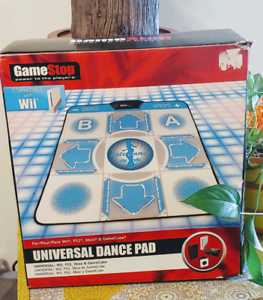 UNIVERSAL DANCE PAD WII/PS2/XBOX/GAMECUBE + DANCE GAME @ 40$