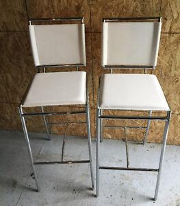 Tabourets / stools / bancs de marque ZUO