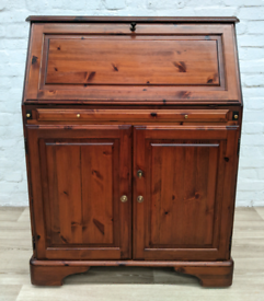 Ducal Hampshire Writing Bureau (DELIVERY AVAILABLE)