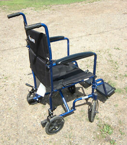 Lightweight SPECIAL NEEDS wheeled Chair / Pouce Coupe