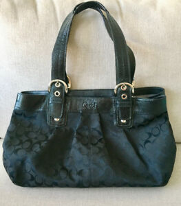 COACH SOHO TOTE F13743 Signature Black Jacquard & Leather Purse