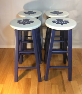4 Leafs Bar or Kitchen Stools
