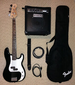 Squier Bass Guitar Package