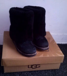BOTTES HIVER NOIR MOUTON MARQUE UGG MAYLIN TAILLE 36 EUR 5 US