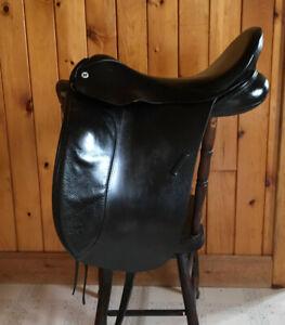 Barnsby Dressage Saddle 18