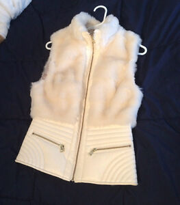 Size Small Guess vest