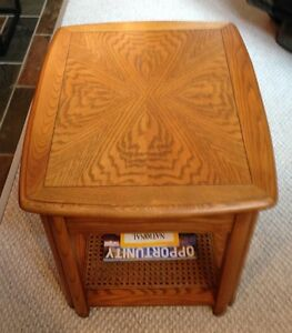 Sklar Peppler Oak End Table -GORGEOUS - Mint Condition-Real Wood Edmonton Edmonton Area image 3