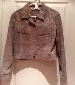 LADIES SHORT LEATHER JACKET FOR SALE West Island Greater Montréal image 1