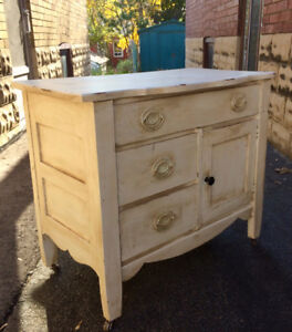 Antique Wash Stand / Cabinet / Night Stand / End Table
