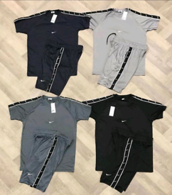 T shirts and bottoms set