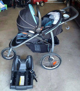 Graco Jogger Stroller with Carseat and base