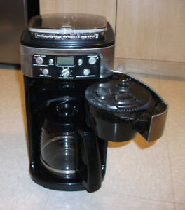 Cuisinart Coffee Maker Automatic Burr Grind   cafetière