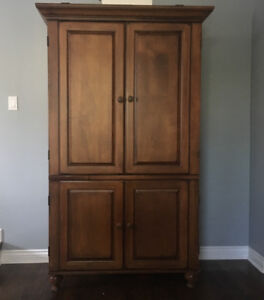 TV/Media Armoire/Hutch