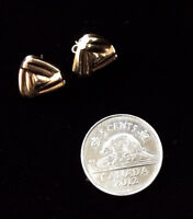 14k Gold Earrings w/ Stone Stamped & Tested